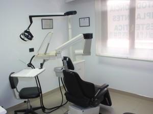 sala-de-espera-clinica-serrano-del-valle-2